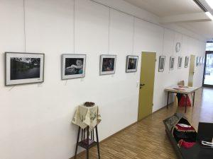 Neue Bilderschienen und reichlich Platz. Im frisch renovierten Gemeindehaus
